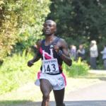 日本に帰化するケニア出身のマラソンランナー ガンドゥ・ベンジャミン選手