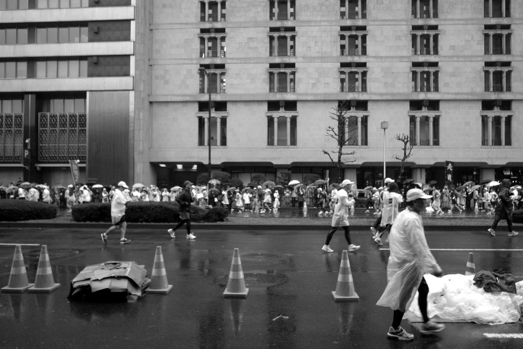 マラソンは雨天決行