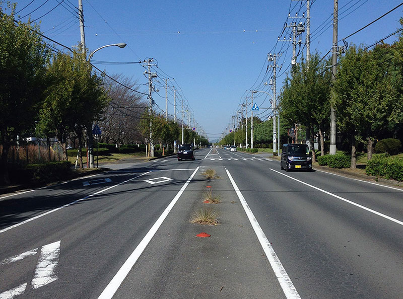 工業団地の道路