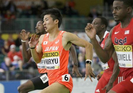 準決勝の様子。手前は優勝したブロメル選手。 写真はSANSPO.COM 2016.3.19 11:50 掲載 桐生、60M日本記録に迫るも決勝進出ならず「タイムはどうでもいい」/陸上より